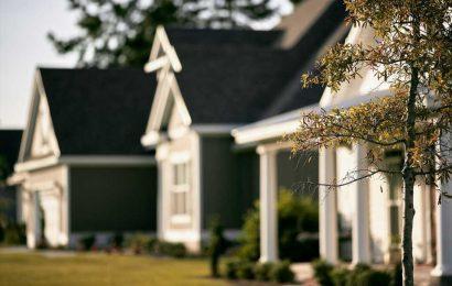 Race, income in neighborhoods tied to cardiac arrest survival