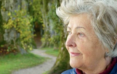 Study explores how older people manage distress