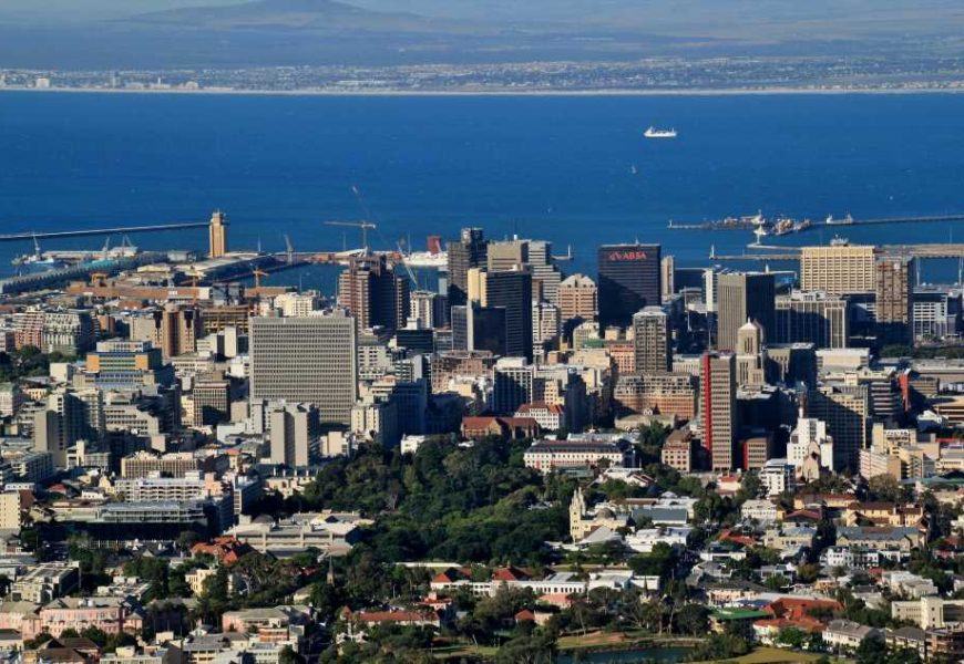 South Africa must adopt a localised response to COVID-19. What it would look like