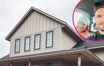 Pregnant Chelsea Houska, Cole DeBoer Building Farmhouse Ahead of 4th Child