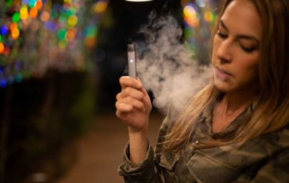 E-cigarette use among young people has fallen for the first time in Wales but declines in youth smoking have stalled