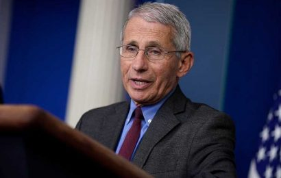 Dr. Fauci Says He Won't See His Kids for Christmas, Urges Americans to Make Same 'Painful' Choice