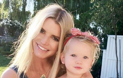 Why Jessica Simpson Didn't Show Friends Pics of Her Holding Daughter Birdie