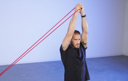 Build a Stronger, More Stable Core With the Pallof Press