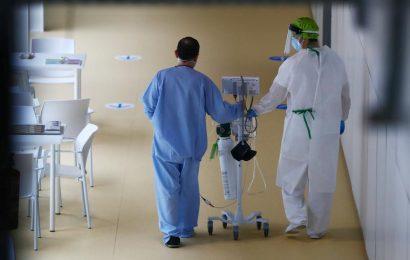 Common asthma medicine cuts need for COVID-19 hospitalization – Oxford study