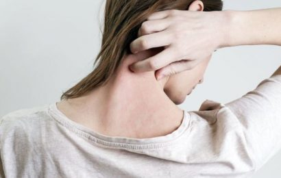 Covid vaccine and shingles: What are the symptoms of shingles? What causes it?