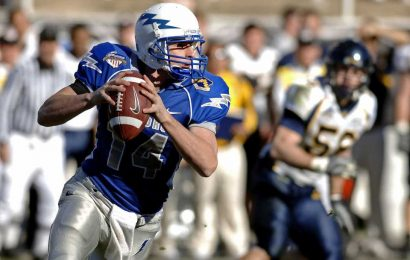 No increase in brain health problems in middle age for men who played football in high school
