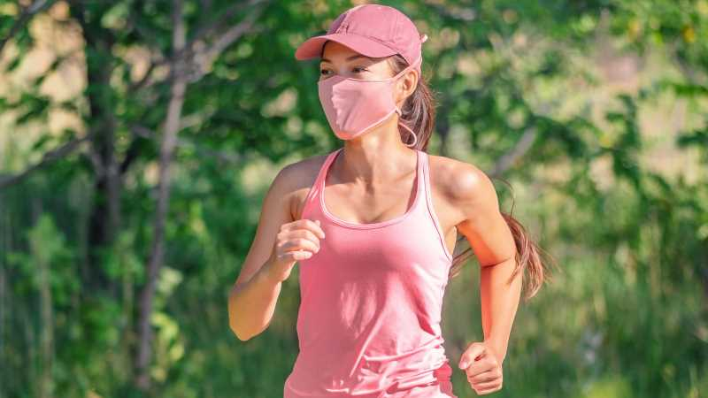 Here's How To Be Safer While Running Alone