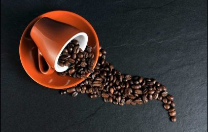 Don't count on caffeine to fight sleep deprivation, says study